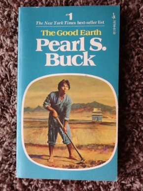 the good earth cover color