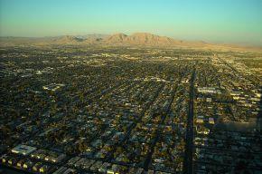 1024px-Las_Vegas_Suburbs